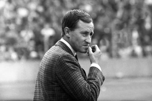 Rudi Gutendorf als trainer van Stuttgart.