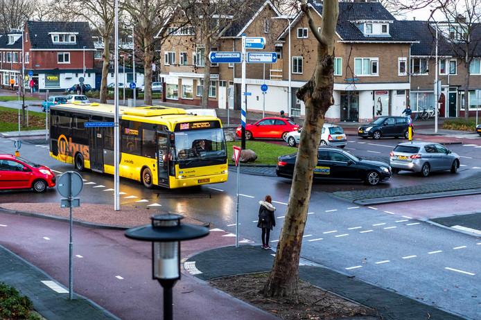 Het kruispunt 't Goylaan-Constant Erzeijstraat-Hooft Graaflandstraat.
