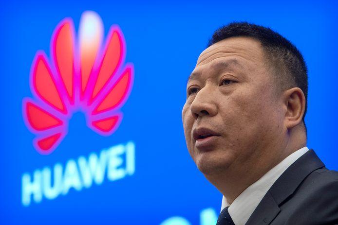 Le chef des services juridiques du géant des télécoms, Song Liuping.