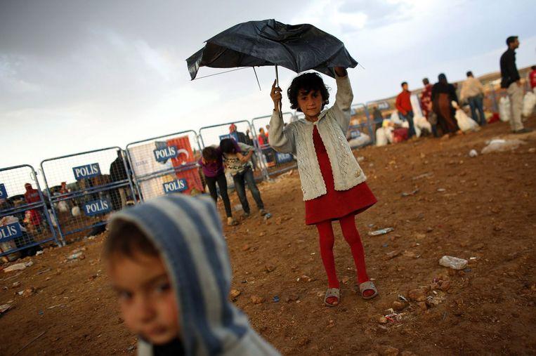Koerdische vluchtelingen uit Syrië in Turkije. Beeld reuters