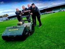 Dankzij deze mannen is de grasmat van FC Dordrecht de beste van de competitie