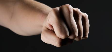 Man slaat de boel kort en klein in woning van ex-partner in Roosendaal