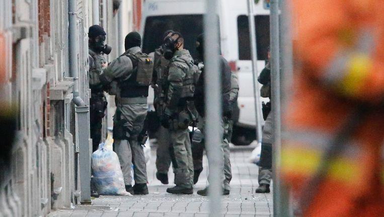 Antiterroristische eenheden van de politie voerden deze morgen huiszoekingen uit in Molenbeek.