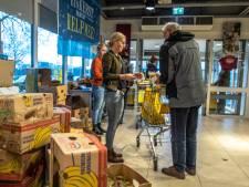Kerstpakkettenactie in Zwolle dit jaar zonder 800 vrijwilligers in de supermarkten: inzameling digitaal