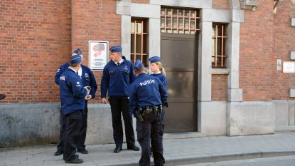 Gedetineerde die met overdosis werd afgevoerd naar het ziekenhuis terug in de cel, onder bijzondere bewaking