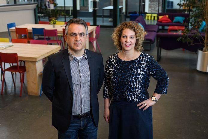 Directeuren van Wijkracht Cevdet Ornek en Esther van Spal.