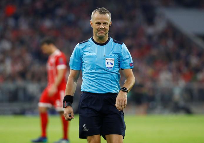 De eerste wedstrijd op het WK is een feit voor Björn Kuipers.