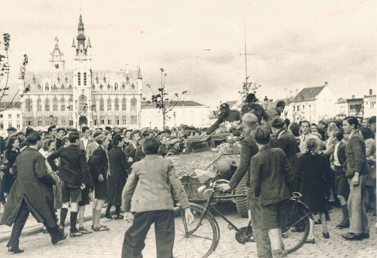 Bij de bevrijding van Sint-Niklaas in september 1944.