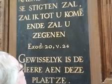 Bijbelse tekstborden teruggevonden op stookzolder Bovenkerk