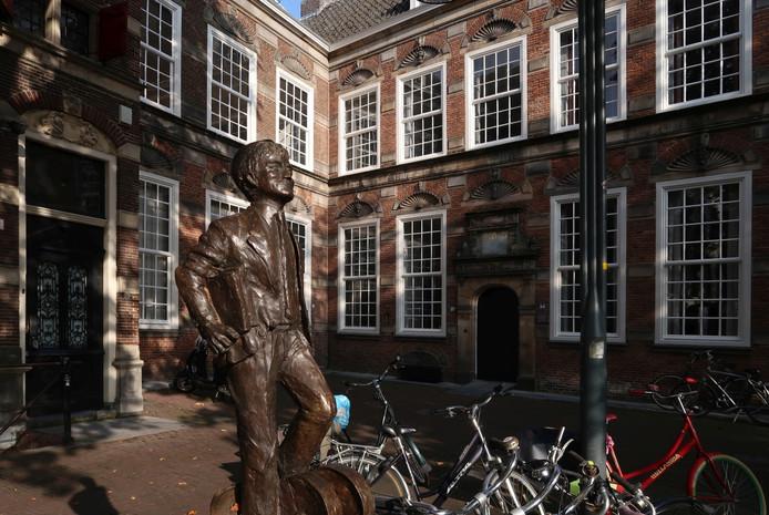 Het vroegere gerechtsgebouw op de Brink in Deventer. Foto Erna Lammers