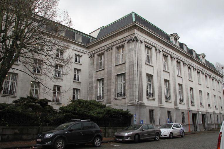 Het Kortrijkse gerechtsgebouw.