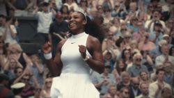 Serena Williams legt uit waarom ze het zo belangrijk vindt om haar dochters haar te vlechten