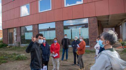 """Buren ongerust over parkeerdrukte aan nieuwe academie in Cordonnier: """"Plan hier een kiss&ride-zone"""""""