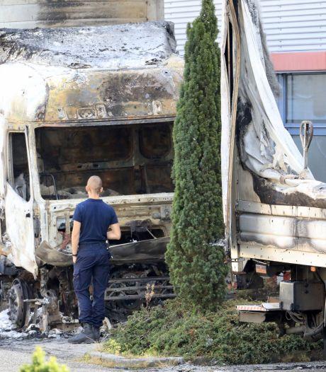 PostNL: bij brand vrachtwagens distributiecentrum geen post of goederen verloren gegaan