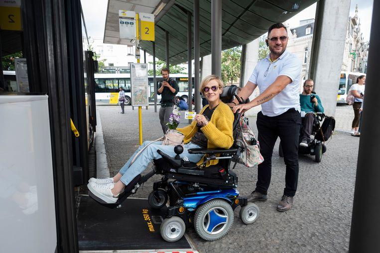 vzw Onafhankelijk Leve voerde afgelopen zomer in Berchem nog actie voor meer aandacht voor rolstoelvriendelijke bussen.