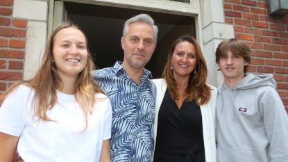 """Gwendolyn Rutten (44) tussen coronacrisis en gezin: """"Mijn grootste uitdaging? Bewijzen aan mijn kinderen dat ik mamaproof ben"""""""