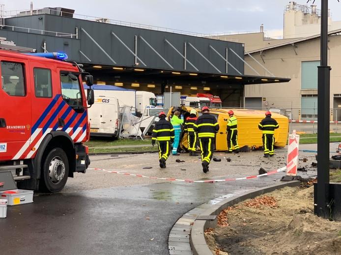 Bestuurder overleden na ongeval in Tilburg.