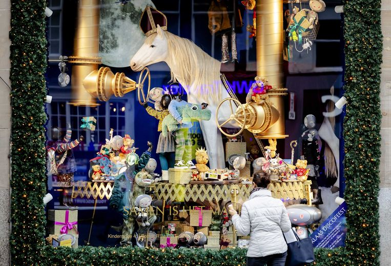 Sinterklaas-etalage in de Bijenkorf. Beeld ANP