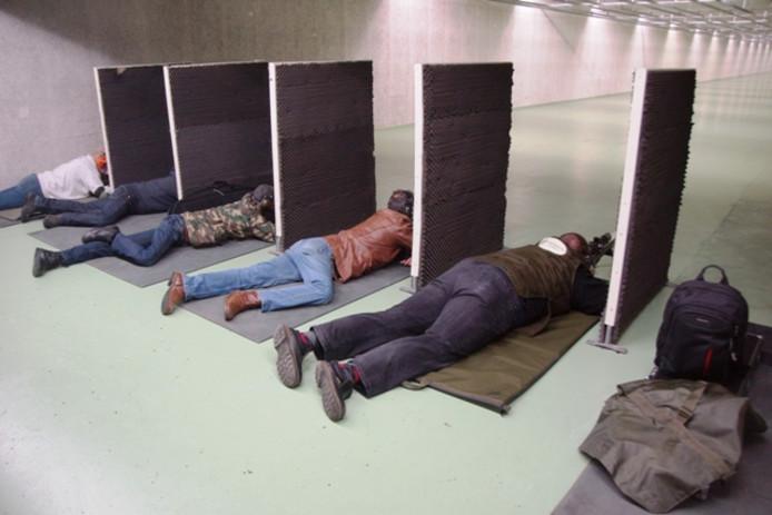 Op  schietbaan Markiezaat trainen niet alleen commando's, maar ook schietverenigingen zoals hier is te zien.