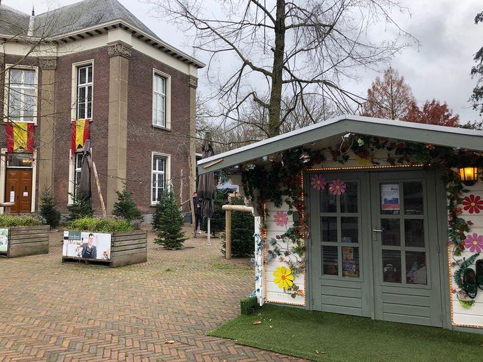 Op de Veghelse Markt vloeien Sinterklaas en kerst zacht in elkaar over.