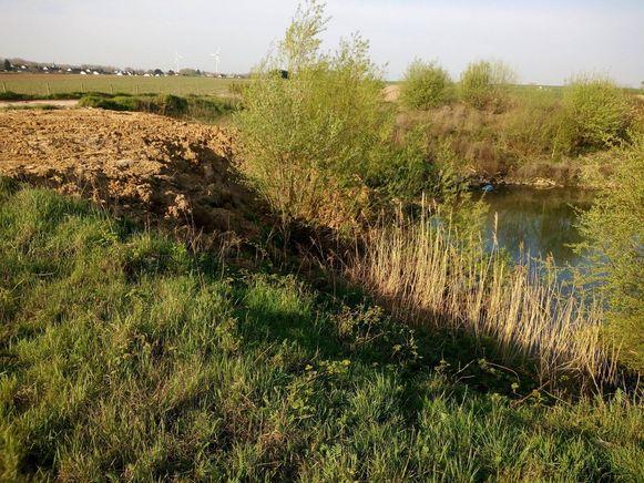 Er werd eerder al grond gestort nabij de Vlamovenput, hoewel er geen vergunning is.