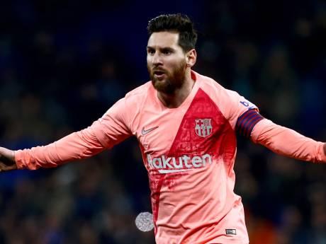 Koning Messi schiet Barça langs Espanyol in voetbalshow
