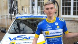 Jonge Franse renner sterft tijdens wedstrijd na botsing met ambulance