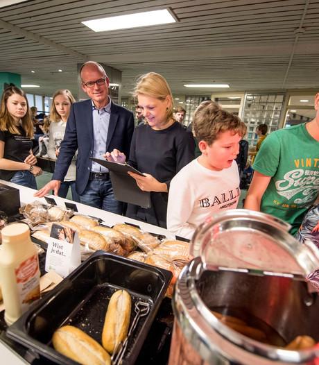 De Waerdenborch in Holten wint Zilveren Schoolkantine Schaal
