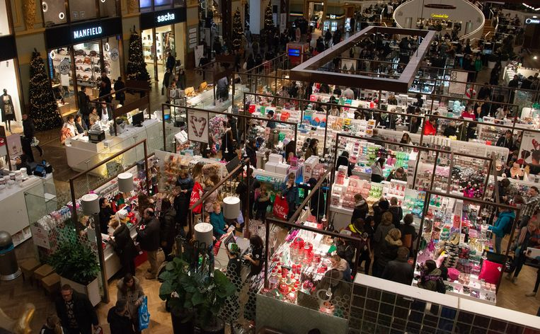 Antwerpen - Shoppingcentrum Stadsfeestzaal - Kerstshopping