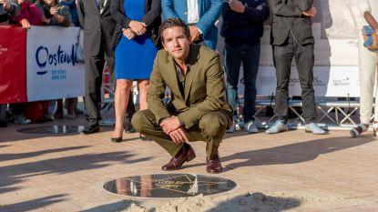 'Master' Matteo Simoni krijgt ster op dijk van Oostende