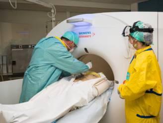 """Twee van 18 coronapatiënten blijken na autopsie toch niet overleden aan het virus: """"Cijfers nog niet doortrekken naar alle patiënten"""""""