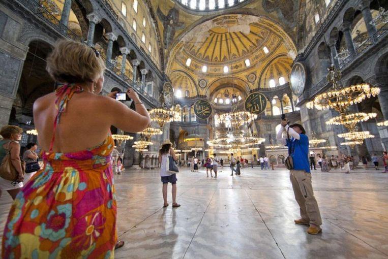 De Aya Sofia in Istanbul. Reisorganisaties verwachten dat het Nederlands toerisme naar Turkije zal dalen. Beeld HH