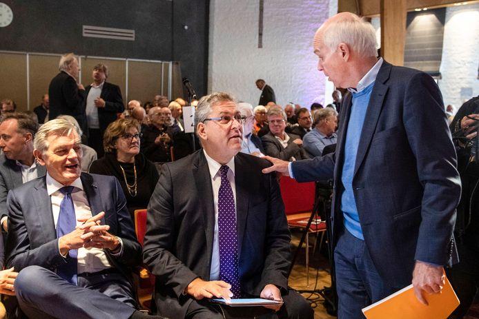 Henk Krol en Geert Dales tijdens de algemene ledenvergadering van 50PLUS in 2018.