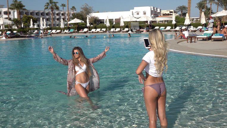 Miss België-kandidates Inara Wytinck en Celine Van Ouytsel