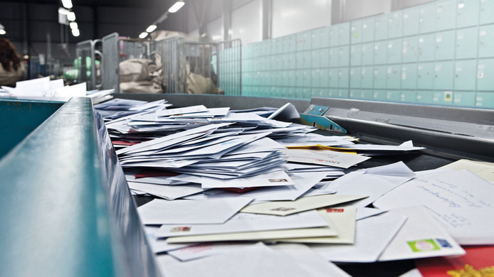 De komende twee weken worden de gevonden poststukken alsnog nageleverd bij de 1.400 mogelijk getroffen adressen.
