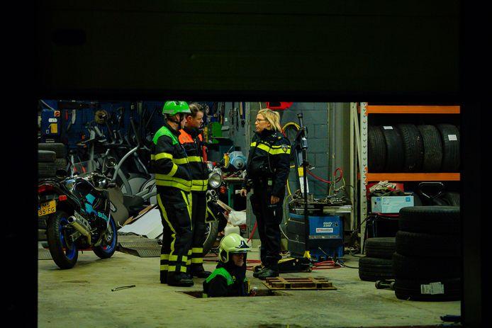 Mogelijk ondergrondse hennepkwekerij in pand aan Rinbaan-Noord in Tilburg.