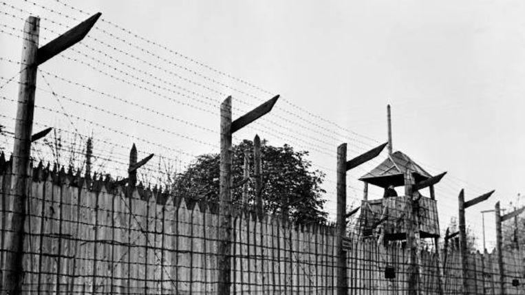 Een Russisch werkkamp, jaren vijftig. Oskar Pastior én Herta Mÿllers moeder zaten in zo'n kamp. (FOTO BETTELMANN, CORBIS ) Beeld