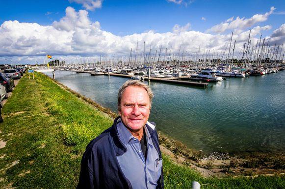 """Steven Desloovere van Vlaamse Yachthaven Nieuwpoort trekt aan de alarmbel. """"Het einde van de sportvisserij"""", zegt hij."""