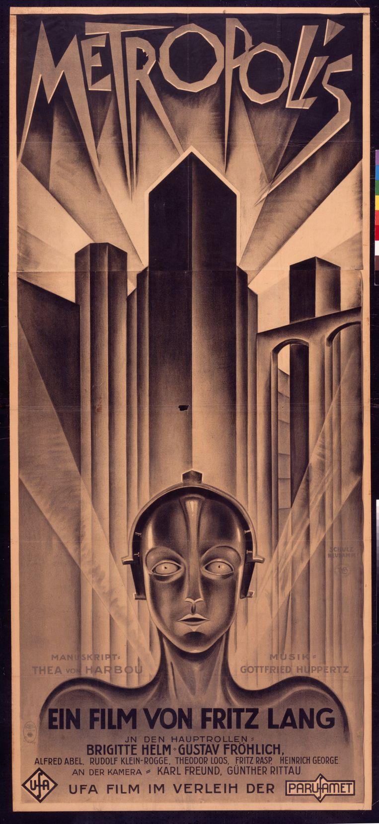 Een van de waardevolste objecten in het archief is misschien wel de filmposter van Metropolis. Er zijn maar zes exemplaren van bekend, niet lang geleden werd er een voor bijna 700 duizend dollar (622 duizend euro) verkocht. Beeld EYE Filmmuseum