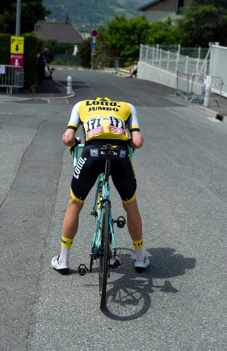 Kruijswijk voor de start van de 20ste etappe in de Giro van vorig jaar. Beeld anp