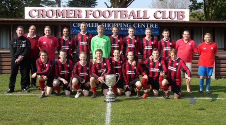 Cromer Town FC, afgelopen seizoen nog glorieus winnaar van de Sterry Cup. Beeld