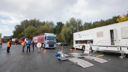 Agenten van zes politiezones controleren vrachtwagens aan weegbrug in Zellik: 36 inbreuken vastgesteld