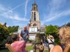 Luisteren naar een concert dat 80 meter hoger wordt gegeven; in Rhenen kan het