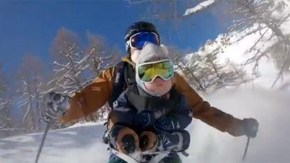VIDEO: stuntskiër neemt 17 maanden oud zoontje mee buiten piste