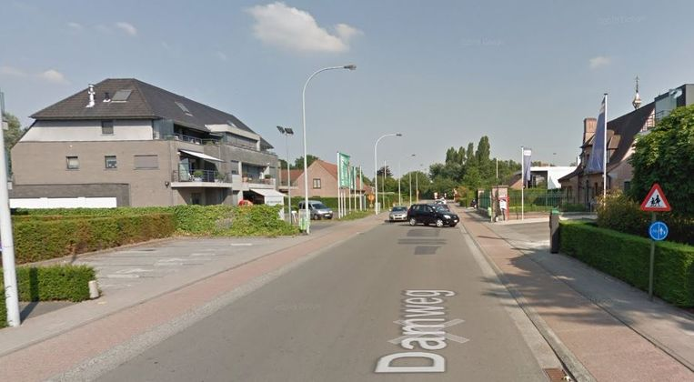 Het parkeerverbod in de Damweg breidt uit.