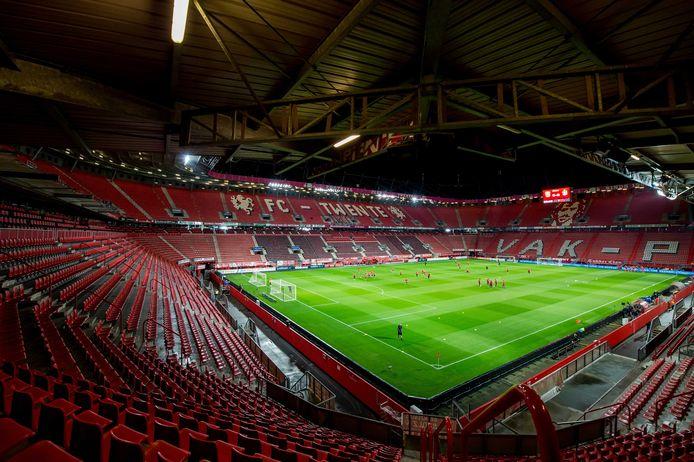 Spelen in een lege Grolsch Veste brengt FC Twente in grote problemen.