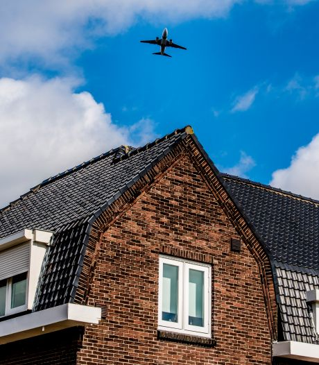 Vliegoverlast boven regio Utrecht neemt weer toe door einde coronacrisis: 'Herrie leidt tot veel hinder'