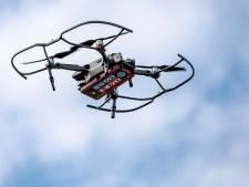 Meisje 's nachts op weg naar huis achtervolgd door drone: 'Heel angstig'