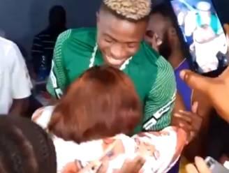 Ook Victor Osimhen loopt tegen de lamp na feestje in Nigeria en test bij terugkeer naar Italië positief