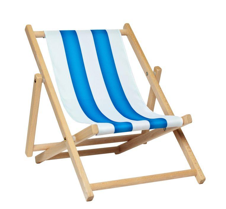 Er Was Eens Strandstoel.Bejaarde Vrouw Zit 48 Uur Vast In Strandstoel Op Balkon